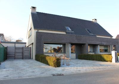 Halfopen bebouwing in toffe wijk te Landegem