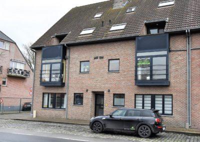 Lichtrijk appartement met garage in het dorp van URSEL.