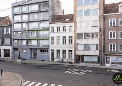 Ruim appartement van 103m² met garage te Kortrijk.