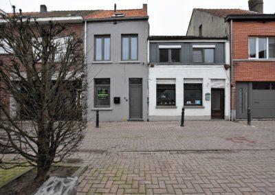 Gerenoveerde woning met 4 slaapkamers centrum Eeklo.